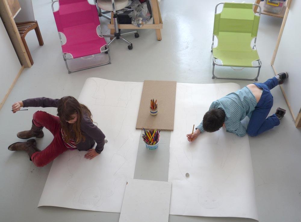 """atelier du 17. avril """"moi imaginaire"""" travail à partir de la silhouette"""